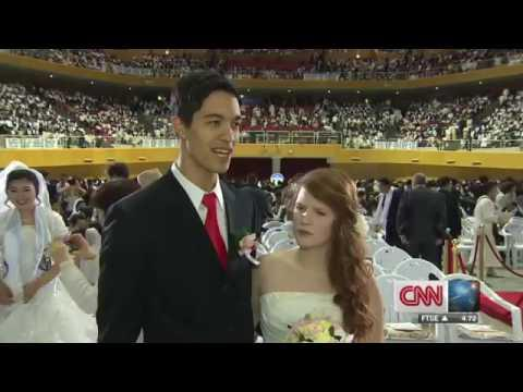 CNN   Thousands Marry In 'Moonie' Mass Wedding